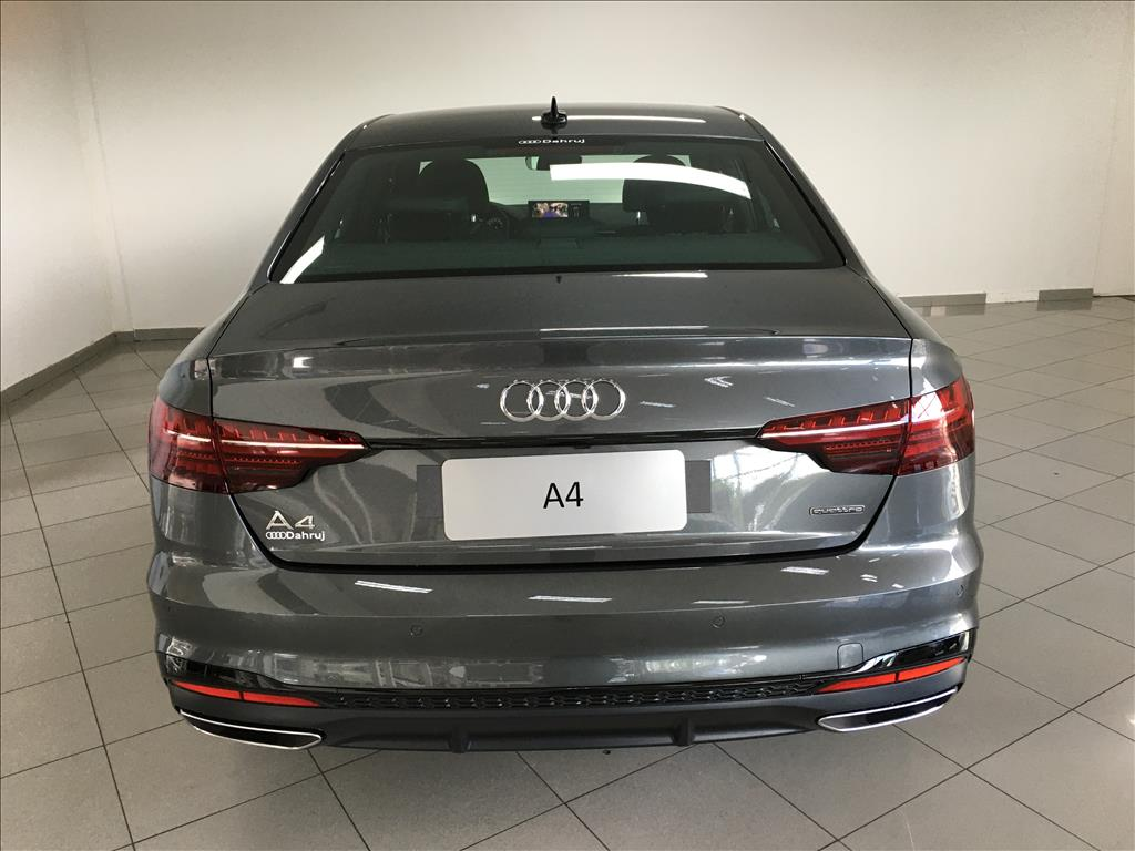 AUDI A4 2.0 TFSI GASOLINA PERFORMANCE BLACK S TRONIC